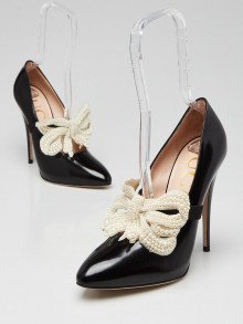 Gucci Black Leather Elaisa Pearl Bow Pumps Size 8.5/39
