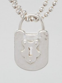 Tiffany & Co. Sterling Silver Hammered Horseshoe Padlock Necklace