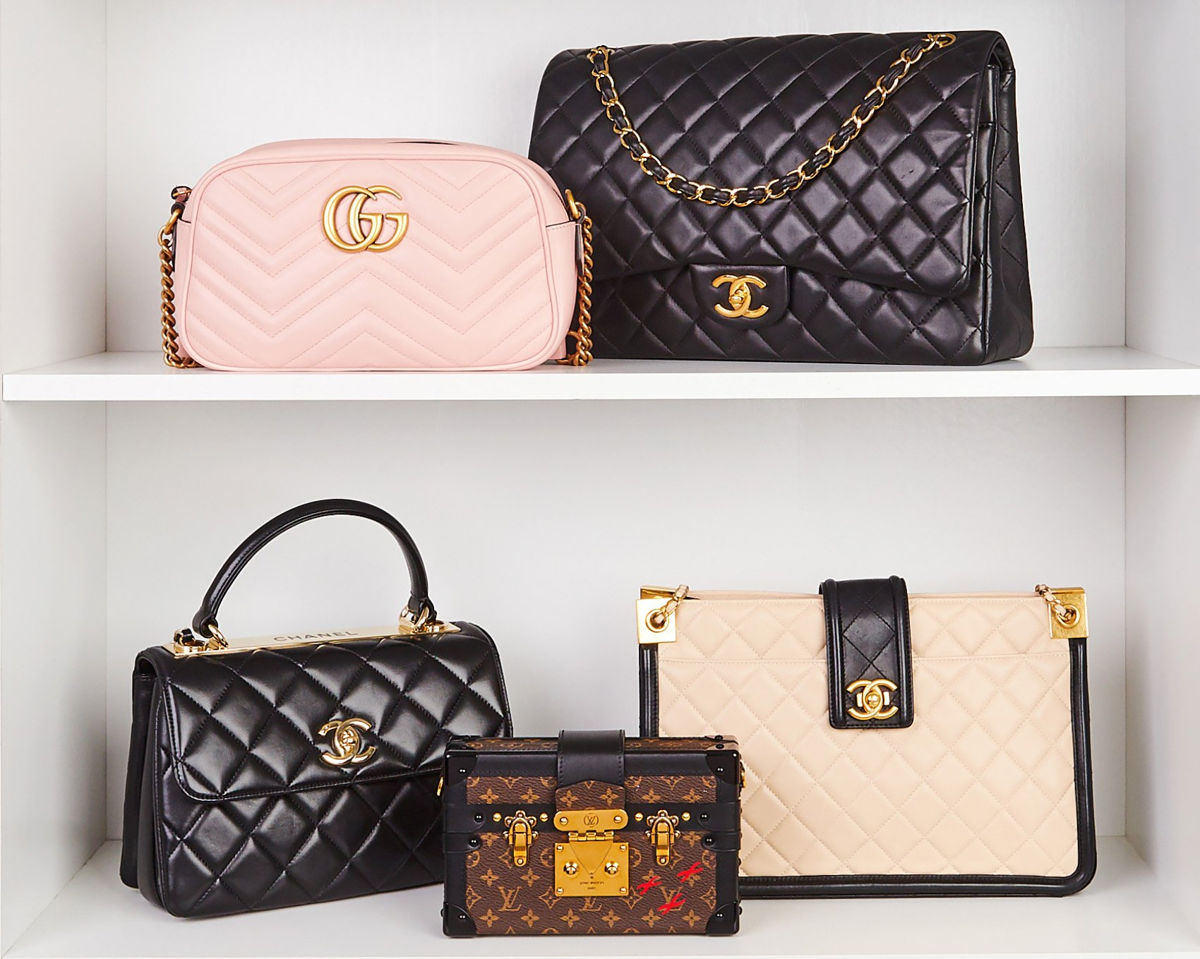 Make money by consigning your designer handbags! | Yoogi's Closet Authenticated Pre-Owned Luxury yoogiscloset.com #louisvuitton #gucci #chanel #designerhandbags